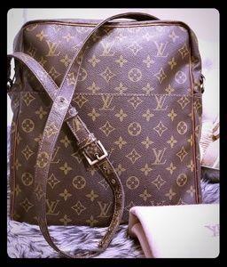 Part 1 Authentic Louis Vuitton Marceau GM Bag